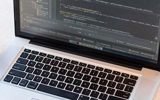 钉钉宣布用户破4亿 转为企业协同办公和应用开发平台